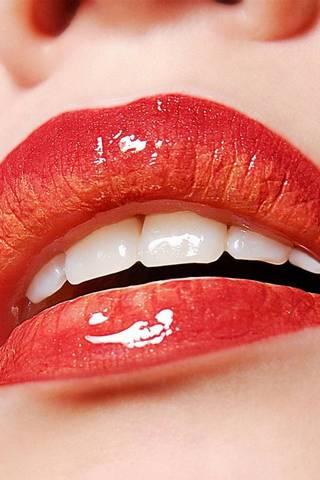 Красиві червоні губи